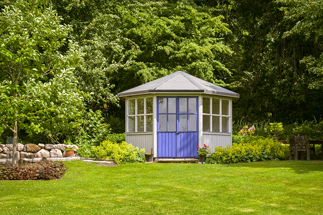 Garden buildings 5 great ideas for Garden designs with summer houses