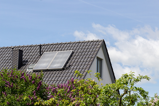 Solar Panels Information: Is it worth getting free solar panels?