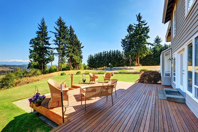 How to keep your decking maintained for summer