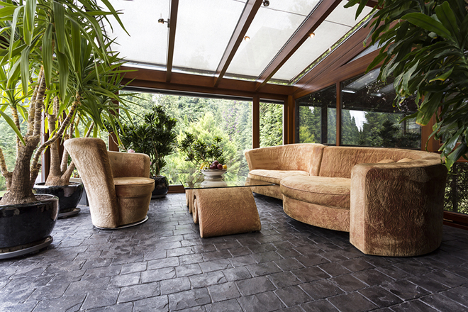 how to decorate your conservatory