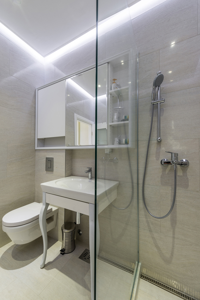 Small Bathroom Suite