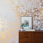 Gold wallpaper trend